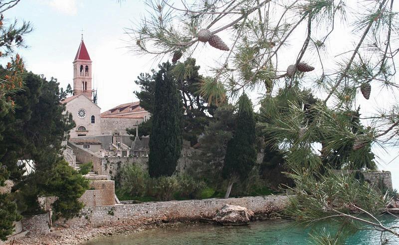 Dominikanski_samostan
