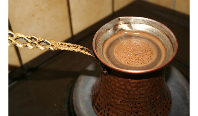 Parzona kawa z dżezwy