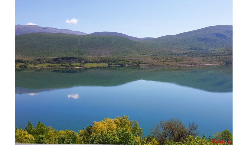Peručko jezioro